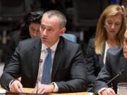 ملادينوف يتهم السلطة الفلسطينية بخنق قطاع غزة