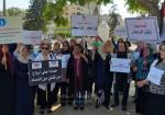 نسويات يطالبن بإقرار قانون حماية الأسرة