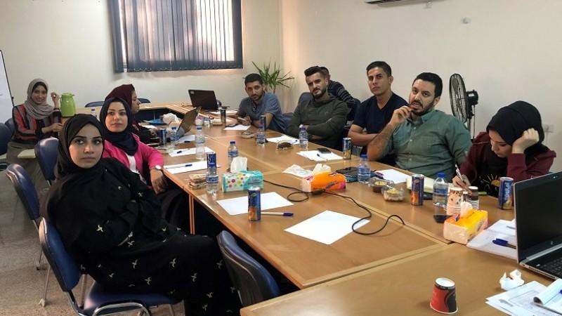 الصورة خلال الاجتماع الأول للجنة التوجيهية