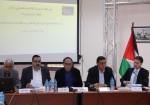 خبراء ومسؤولون واقتصاديون يبحثون معضلة شركة كهرباء القدس
