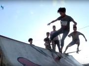 """أول فريق يمارس رياضة """"السكيت"""" في قطاع غزة"""