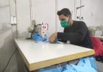 غزة المحاصرة تصدر الكمامات للعالم