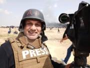 غضب وتضامن واسع مع المصور الصحافي إياد حمد