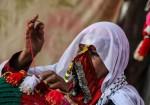 """الجدّة غنيمة.. فلسطينية تحافظ على """"التراث"""" بخيمتها"""
