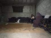 الفقر والمطر.. يكسران ظهر الأهالي في مخيم جباليا