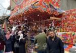 صور- الاستعداد لاستقبال شهر رمضان في غزة