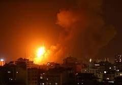 طائرات الاحتلال تقصف موقعين شرق دير البلح