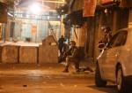 إصابات واعتقالات ومداهمات وإغلاق الحرم الإبراهيمي