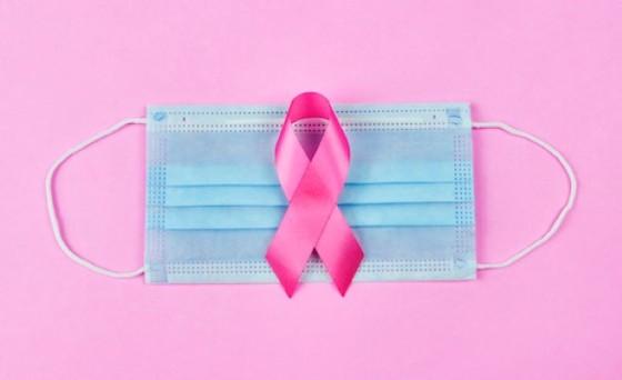 """سرطان الثدي.. """"كورونا"""" طعنة في ظهر بروتوكول العلاج"""