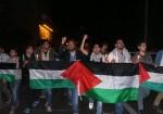 """الانقسام الفلسطيني.. طريق الشباب في غزّة """"سالكة للظلم"""""""